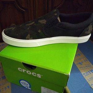 Crocs mens sneaker size 9